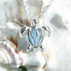 Eco amical verre de mer bijoux en tortue par TheStudioOfGlass