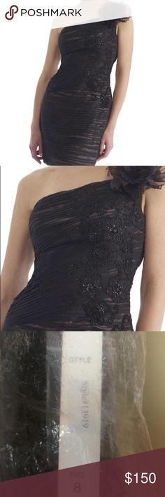 Brand new Beautiful Morrell Maxie Dress!  👗👗 Short one shoulder black Morrell Maxie dress. Morrell Maxie Dresses