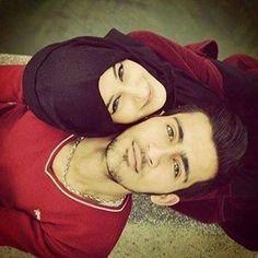 10 Tips Sederhana Rumah Tangga Bahagia yang Perlu Anda Terapkan Cute Muslim Couples, Cute Couples Goals, Couples In Love, Romantic Couples, Couple Goals, Sweet Couples, Wedding Poses, Wedding Couples, Couple Pictures