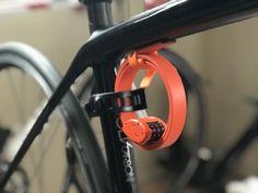 We test out OTTO Design Works updated version of the kevlar-reinforced, 151 gram bike lock. cycling triathlon otto lock mounted on bike Buy Bike, Bike Run, Fixed Bike, Fixed Gear, Mountain Bike Shoes, Mountain Biking, Road Bike Accessories, Specialized Bikes, Cycling Bikes