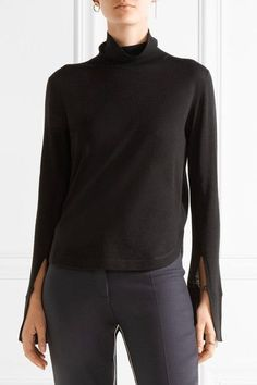 Chloe Black wool, silk and cashmere-blend Slips on 60% wool, 30% silk, 10% cashmere Dry clean
