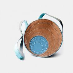 Okrągła Torebka z Filcu Bubble Saddle Bags, Coin Purse, Purses, Wallet, Sling Bags, Bags, Handbags, Diy Wallet, Purse