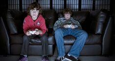 Jogar em excesso pode ser fatal. Um jovem da Nova Zelândia desenvolveu coágulos de sangue potencialmente fatais na perna depois de quatro dias a jogar PlayStation.