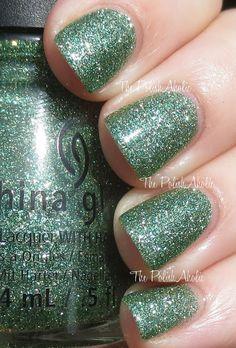 The PolishAholic: China Glaze Holiday 2013 Happy HoliGlaze Collection Swatches - This Is Tree-mendous