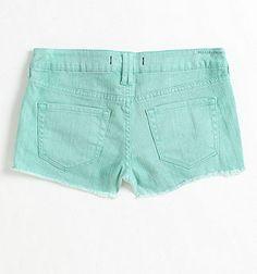 Bullhead mint colored denim shorts. Perfect for summer!