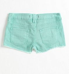 Bullhead mint colored denim shorts. Perfect for summer!