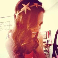 "DIY Starfish Headband I know what were doing (; with a ""z"" Senn Mac lean Little Mermaid Parties, The Little Mermaid, Sadies Dance, Youtube Secrets, Mermaid Parade, Dapper Day, Mermaid Costumes, Beach Kids, Mermaid Skirt"