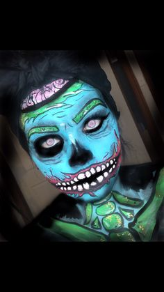 Zombie pop art make up halloween