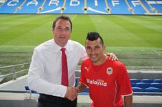 Malky with new signing Gary Medel at CCS following the Athletic Club game