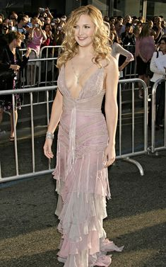 This frilly dress is on the very romantic soft side  of SN - Kate Hudson Versace Raising Helen Premiere 2004
