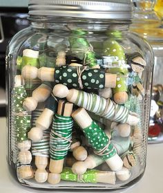 ribbon jar- OMG what an awesome, beautiful idea.  Have loads of these cute pins and now I can actually use them!!