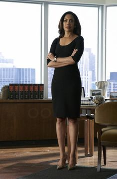 Jessica Pearson in Suits Corporate Fashion, Office Fashion, Business Fashion, Work Fashion, Power Dressing, Business Outfits, Office Outfits, Jessica Pearson, Gina Torres