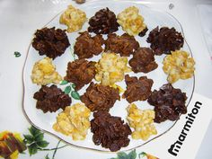Roses des sables - 200 g cornflakes - 300 g chocolat - 150 g beurre. Biscuit Cookies, Cake Cookies, Corn Flakes, Parfait, Cooking With Kids, Beignets, Cookie Desserts, Cooking Classes, Biscuits