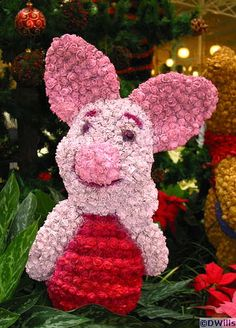 Piglet topiary in the Crystal Palace Restaurant near Main Street, USA at the Magic Kingdom, Walt Disney World, Florida, photo by D. Wills