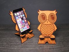 Cute Wooden Owl Phone Stand - Universal Smart Phone / iPhone Dock - Fits iPhone 6, iPhone Plus, iPhone 5 or 4, Samsung Galaxy Android