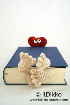 Valentine Bookmark Crochet Pattern