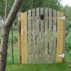 garden gate made from a pallet ah the good old pallet recycle! Might paint mine charcoal!