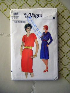 Vintage Butterick Misses' Maternity Dress and Top Pattern 3393 Vogue Dress Patterns, Vintage Dress Patterns, Vintage Sewing, Vintage Dresses, Craft Patterns, Sewing Patterns, 1980s Dresses, Fashion Sewing, Top Pattern