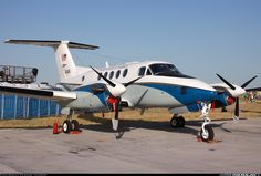 Beech C-12C Huron (A200) aircraft picture