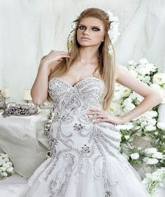 Dar Sara Amazing Bridal Wedding Gowns Fashion Collection is here. However in winter, time of year 2015 assortment roll on the costume style is incredibly vital Most Beautiful Wedding Dresses, Wedding Dress Styles, Elegant Dresses, Royal Look, Wedding Looks, Dream Wedding, Bridal Style, Dress Collection, Bridal Gowns