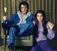 """<b>In late 1970, the """"King of Rock and Roll"""" had an unexpected White House meeting with Tricky Dick.</b>"""