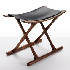 Design Ole Wanscher, 1957 Solid wood, leather Made in Denmark by Carl Hansen & Son The Egyptian Folding stool is a true Danish Design Classic.