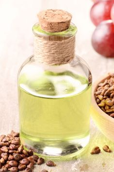 Simple Chili Garlic Oil | THM S Garlic Oil Recipe, Easy Homemade Chili, Grape Seed Extract, Nutrition Information, Health And Beauty, Seeds, Heart Health, Reading