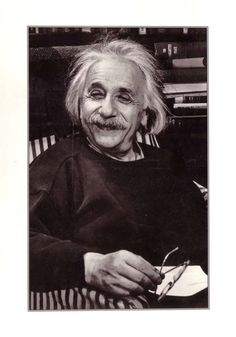 Albert Einstein - 63 Rare, Unseen Pics | Curious, Funny Photos / Pictures