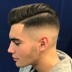 "Páči sa mi to: 3,469, komentáre: 26 – Javier Chacon Perez (@javi_thebarber_) na Instagrame: ""Hairstyle by @javi_thebarber_ #lakme #teamlakme For products visit @lakmebcn Product used in photo:…"""