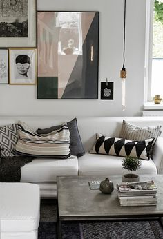 #living_room in #black_and_white #graphic_pillows