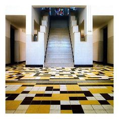 Tiled floor in the De Vonk Holiday Residence designed by J.J.P. Oud (1918) Theo Van Doesburg, Noordwijkerhout, Netherlands #theovandoesburg #jjpoud #devonk #noordwijkerhout #netherlands #dutchdesign #destijl #rationalism #modernism #architecture #interiors #interiordesign #floor #tile #pattern #inspiration | Richard Petit | the.archers.inc Instagram Photo Profile