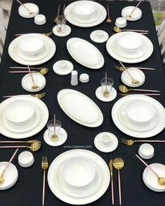 Dinner Plate Sets, Kitchen Utensils, Dining Area, Dinnerware, Table Settings, Porcelain, Plates, Dishes, Table Decorations
