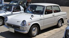 1962 Toyota Publica Sports UP20 > 700ccm OHV Two Cylinder Boxer Engine with 28hp