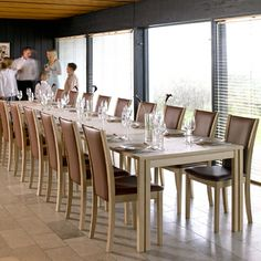 Long dining table - You probably need to expand your oak dining table if you are planning to host a large dinner or Christmas meal