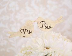 Wedding Cake Topper Love Birds Shabby Chic Wedding by braggingbags Red Velvet Wedding Cake, Diy Wedding Cake, Wedding Pins, Wedding Wishes, Wedding Cake Toppers, Wedding Decorations, Wedding Ideas, Wedding Stuff, Vintage Glamour Wedding