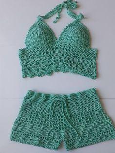 Crochet Women& Shorts and Top Turquoise Summer Trends Bikini .- Häkeln Sie Frauenshorts und Top Turquoise Summer Trends Bikini Crochet Women& Shorts and Top Turquoise Summer Trends Bikini – - Crochet Halter Tops, Bikini Crochet, Crochet Pants, Crochet Crop Top, Crochet Clothes, Knit Crochet, Crochet Shorts Pattern, Cute Winter Hats, Beanie Hats For Women