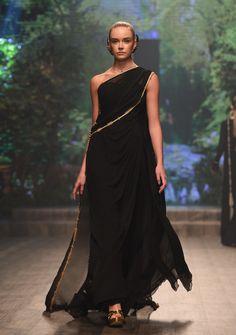 Zareena Ready To Wear Spring Summer 2018 Dubai