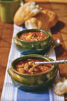 Easy Brunswick Stew - Time-Saving BBQ Slow-Cooker Recipes You'll Love - Southernliving. Recipe: Easy Brunswick Stew  This is the perfect cool-weather stew for barbecue lovers. Start with a Boston Butt and a slow cooker, and you're on you way to Brunswick stew perfection.