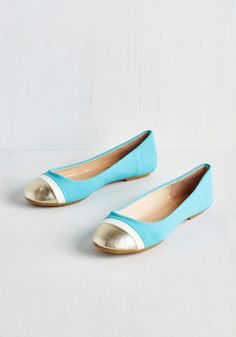 Twinkle Prose Flat. You cant help but have your next narrative be inspired by these charming, colorblocked flats! #blue #modcloth