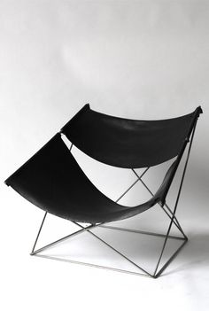 Pierre Paulin, Butterfly armchair mode 675 (1964)