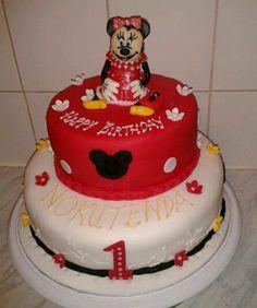 Lady Minnie cake