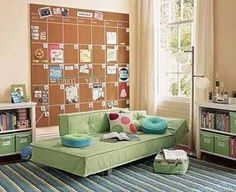 love the cork board wall calender idea....pin orders right to the board