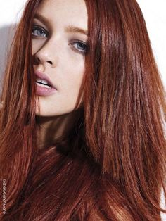 Pictures : Fall Hairstyle Ideas: New Haircuts and Colors You'll Love! - Auburn Red Hair Color Trend