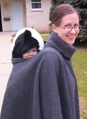 DIY fleece poncho! I'm soooo gonna make one. Curious would it work with baby on front too?