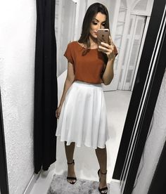 Trendy Skirt Outfits Black And White Heels Ideas Modest Casual Outfits, Modest Dresses, Classy Outfits, Modest Fashion, Casual Church Outfits, Chic Outfits, Summer Outfits, Kohls Dresses, Modest Wear