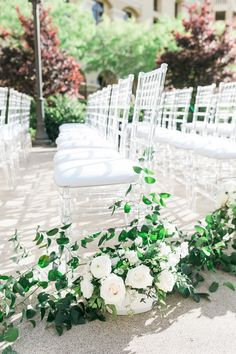 Sophisticated Black and White Modern Wedding at Green Valley Ranch - MODwedding Wedding Music, Mod Wedding, Green Wedding, Floral Wedding, Wedding Flowers, Wedding Ceremony Seating, Indoor Ceremony, Wedding Ceremonies, Green Valley Ranch
