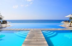 Sign.Me.Up. Infinity pool in the Phillipines