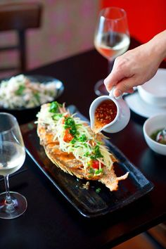 Deep-fried whole snapper with ginger and lime fish sauce (ca chien) fried fish recipes Fish Dishes, Seafood Dishes, Fish And Seafood, Seafood Recipes, Cooking Recipes, Deep Fried Fish, Fried Whole Fish, Asia Food, Asian Recipes