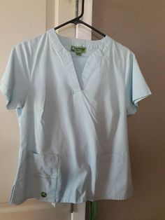 0f25c8aa10c CROCS MEDICAL SCRUBS SET TOP AND PANTS FOR WOMAN'S SIZE MEDIUM COLOR LIGH  BLUE #fashion