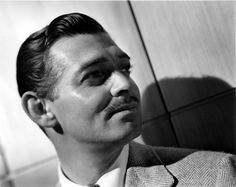 black and white, clark gable, and classic hollywood afbeelding Hollywood Men, Vintage Hollywood, Hollywood Glamour, Hollywood Stars, Classic Hollywood, Popular Actresses, Actors & Actresses, Old Movies, Great Movies